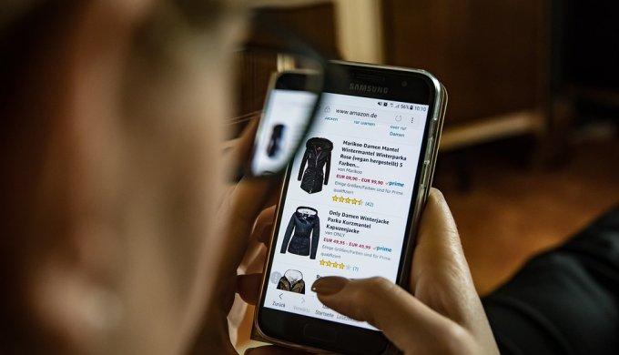 オンライン ショッピング フリマ アプリ